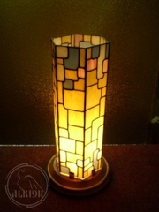 Витражные лампы,  люстры