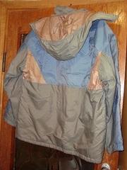 Продам мужскую куртку ,  новую болоневую