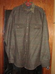 продам мужскую рубашку шерстяную ,  фирменную