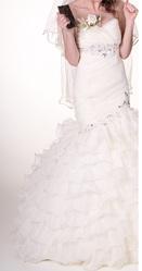 Продаю б у весільну сукню в стилі