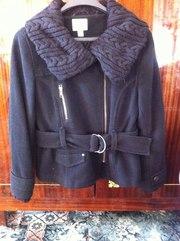 продам пальто.фирменное, тёплое, косуха, молодёжное и очень красивое.....